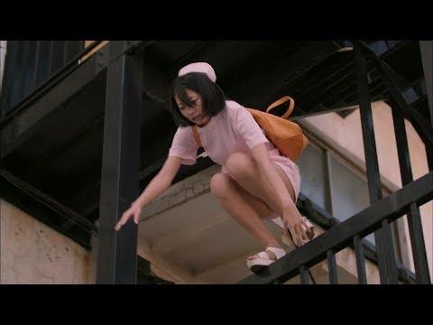 武田玲奈がナース姿でパンツ見せながら落下!!【Japanese Idol Rena Takeda】