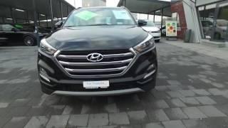 Hyundai Tucson 2 0 CRDI schwarz