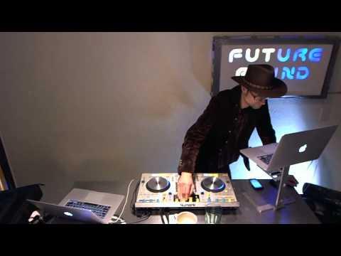 Futurebound NYC: Deephouse, Techno and Techhouse DJ Mix by Peter Munch