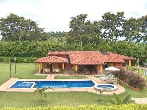 Planos de casas de campo con piscina youtube for Fotos de casas con jardin y alberca