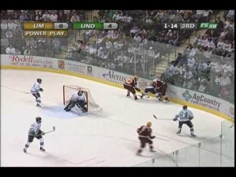Sioux kill off 5 minute major to shutout the Gophers 4-0