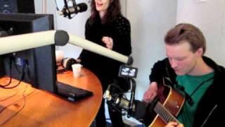 Clara Sofie Når tiden går baglæns i Kims Kårner på Radio Horsens