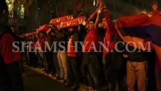 Հայաստանի հավաքականին «դուխ» են տալիս ՖԱՖ ի երկրպագուները