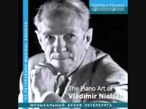 Vladimir Nielsen plays Schumann Waldszenen, Op. 82