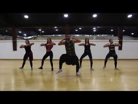 Bella y sensual - Romeo Santos, Daddy Yankee, Nicky Jam / ZUMBA