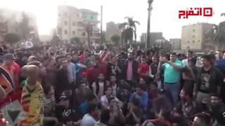 متظاهرون أمام مديرية أمن القاهرة : «يا ابو دبورة ونسر وكاب..غاوي لية قتل الشباب» (اتفرج)