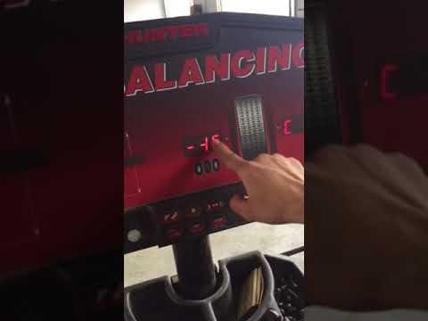how to calibrate hunter dsp 9200 wheel balancer youtube rh youtube com