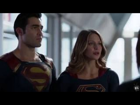 Supergirl - 2x01 - Superman & Supergirl (Kara & Clark) At The DEO #2