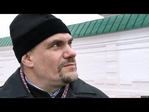Священника РПЦ отстранили от служения за активизм