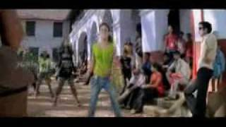 Kozhi Chingara poonkozhi - Bodyguard Malayalam Movie Song.wmv