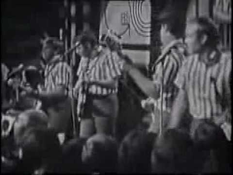The Beach Boys-I Get Around - The First TV Appearance In Britain
