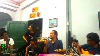 Video LETTO - Kasih Tak Memilih (live rumah maiyah) download MP3, 3GP, MP4, WEBM, AVI, FLV Juli 2018