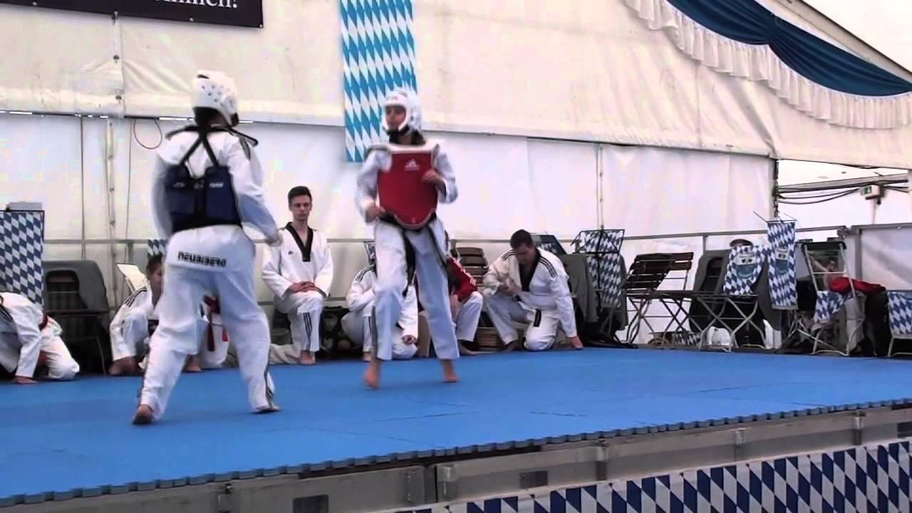 401769c7ed091 Taekwondo Neubiberg - Tag der Vereine 2015 - YouTube
