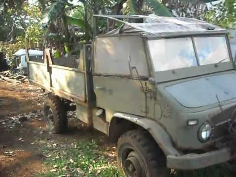 Military Mercedes Benz Unimog truck in Costa Rica Junk yard