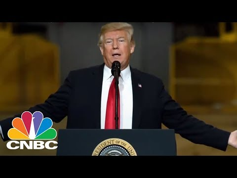 President Trump Defends Sinclair Broadcast Group After 'Fake News' Speeches By Local Anchors | CNBC
