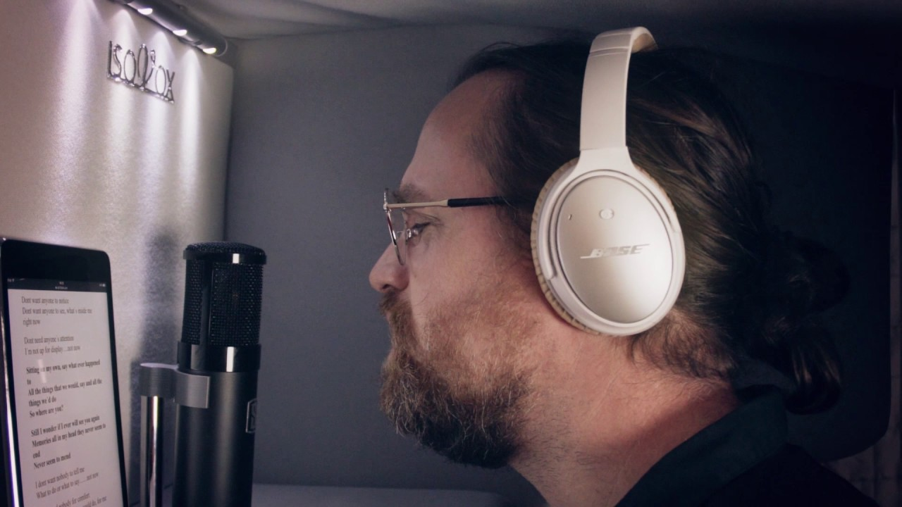 Vocal Booth - ISOVOX 2 - isolated booth to record vocals and