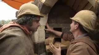 05 Как построить средневековый замок(Создатели документальных сериалов «Викторианская ферма» и «Эдвардианская ферма» историк Рут Гудман и..., 2015-04-06T13:27:23.000Z)