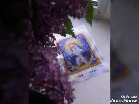 Слайд шоу(фото) вышивки процесса бисером Икона Божья Матерь Остробрамская