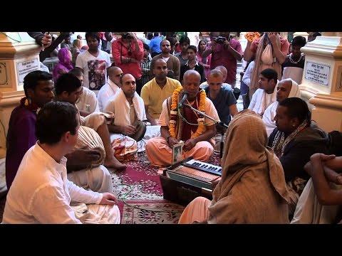 Gauranga Bolite Habe   Sung by HG Agnidev Prabhu