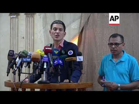 David Miliband, IRC CEO, visits displacement camp