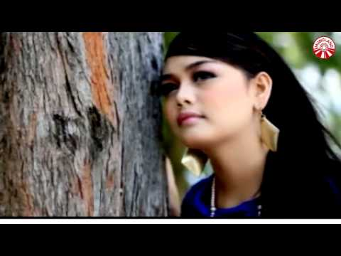 Lagu Minang Ovhi Firsty ~ Lagu Rindu
