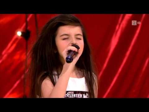 Bé gái 7 tuổi gây sốt Got Talent của Na Uy