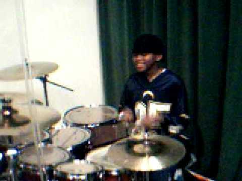 beasty lil drummer