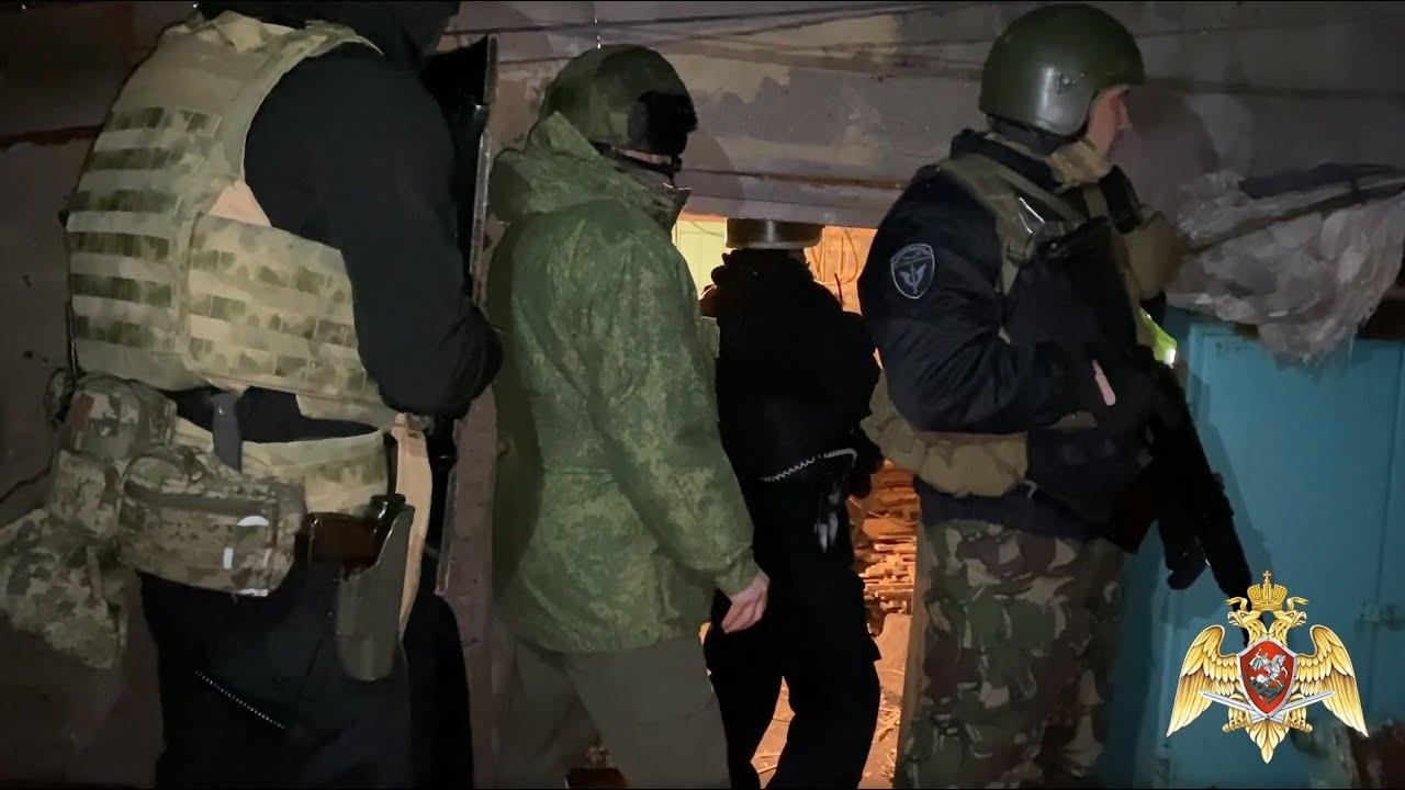 Видео задержания стрелявшего в полицейских жителя Тульской области