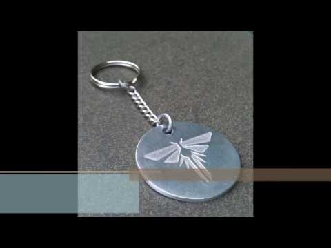 """Saline etching an aluminium """"Firefly"""" dogtag keychain from the PS3 game 'The Last of Us'"""