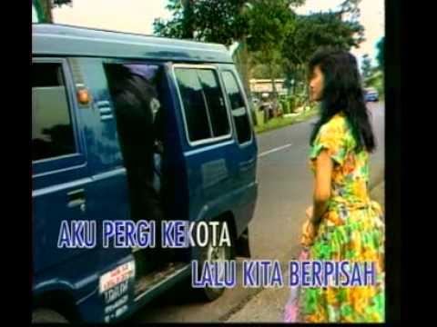 sopir taksi dan gadis desa