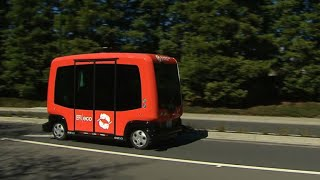 Driverless buses debut in California