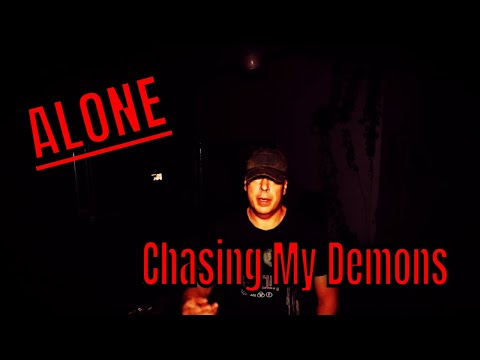 (30 Minute ALONE Challenge) INSIDE THE ABANDONED COUNTRY CLUB,  CHASING MY OWN DEMONS