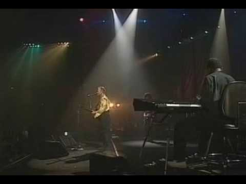 Sting - Bring on the night / When the world is running down (Live in Oslo, 1993)