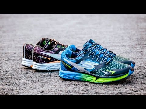 unboxing-skechers-running-shoes
