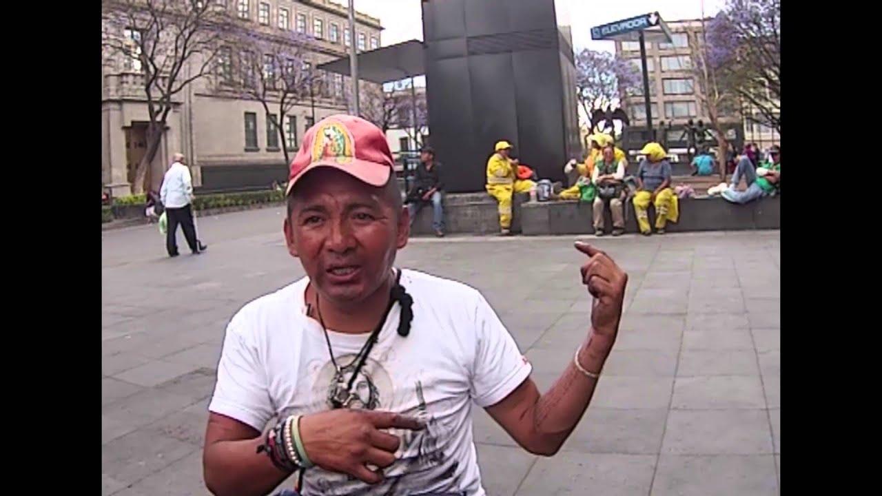 Rocky de Tepito y la estatua del Zócalo - YouTube