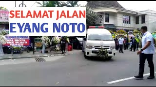 Fimela.com, Ibunda Presiden Joki Widodo, Sujiatmi Notomiharjo meninggal akibat kanker tenggorokan pa.