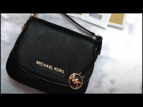Michael Kors Small Bedford Crossbody Bag-MOD Shots And What Fits