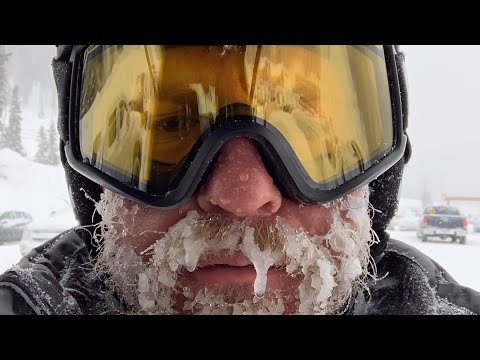 BLIZZARD Conditions Dump A FOOT of POWDER SNOW On Loveland Pass in Colorado