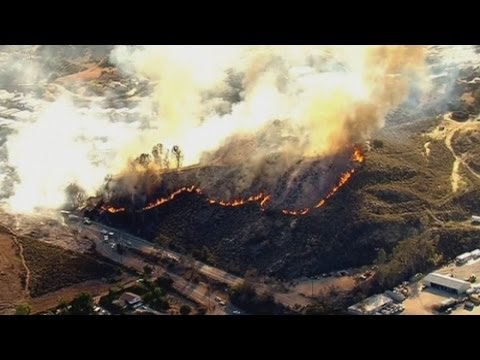 California wildfires force thousands to evacuate