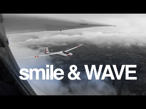 smile & WAVE - an excuse to get up close