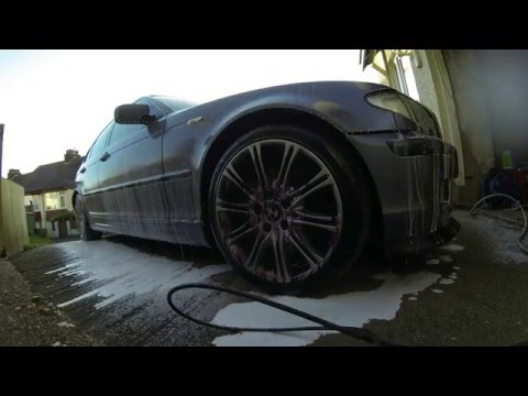 BMW Wheel clean time lapse.  With @Autofinesse