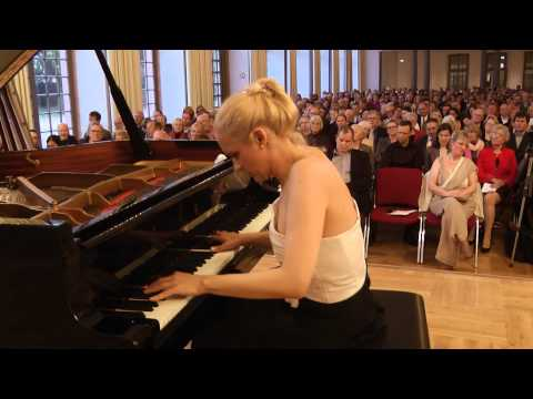 Frédéric Chopin - Nocturne in F major, Op. 15, No. 1 - by Aleksandra Mikulska
