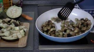 Готовим быстро и вкусно - баклажаны с помидорами и сыром