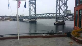 portsmouth bridge to kittery maine