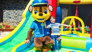 Гонщик Щенячий патруль Парк развлечений Горка Батут для детей Paw Patrol and kids outdoor playground