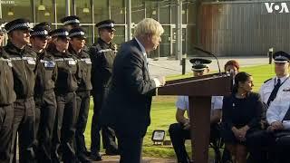 英国首相约翰逊再与尴尬 演讲时听众险晕倒