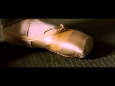 black swan toes