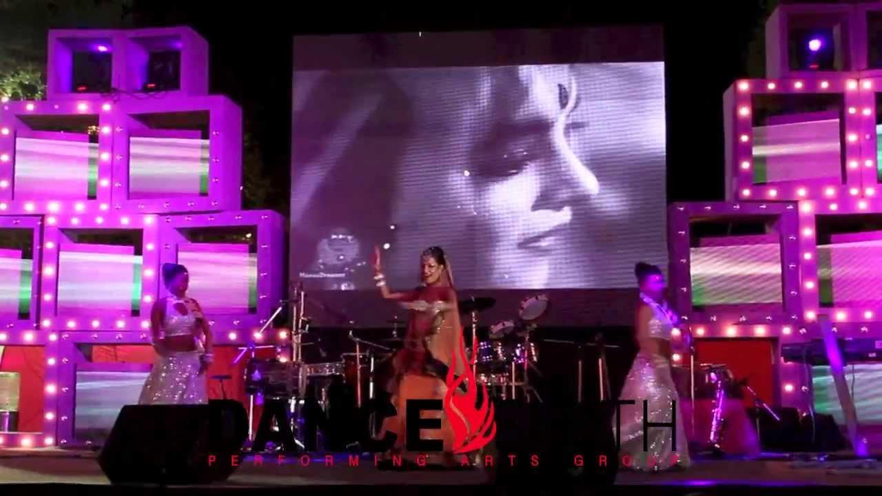 Mujra Bollywood Dance Troupe Groupe Delhi Item Dancer