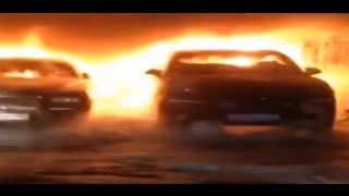 В Москве на стоянке сгорели элитные авто - «Роллс-Ройсы», «Бентли» и «Мерседесы»