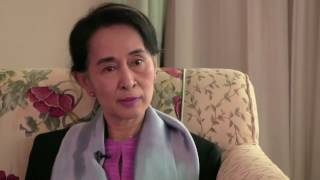 Phỏng vấn Aung San Suu Kyi: Về sự sợ hãi, về sự tự do